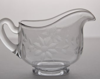 VINTAGE Glass Creamer Etched Flower 1950 / 1960