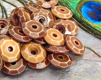 """Medium Size 17mm Faceted Disc Focal Beads - 12 Beads - """"Antique"""" Acrylic Bead"""