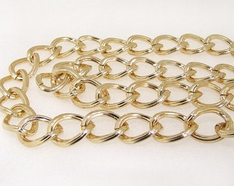 Shiny Cut Twist Gold Plated Metalic Aluminium Chunky Curb Chain ----- 15mmx 20mm---thickness about 3mm----38""