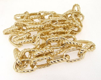 Cut Twist O Light Gold Plated Metalic Aluminium Chunky Curb Chain ----- 14mmx 25mm--1inch--thickness about 4.5mm----38""