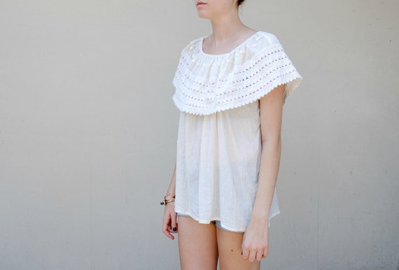 MAE.VALENTE Vintage 70s Off White Linen Top with Knitted Neckline