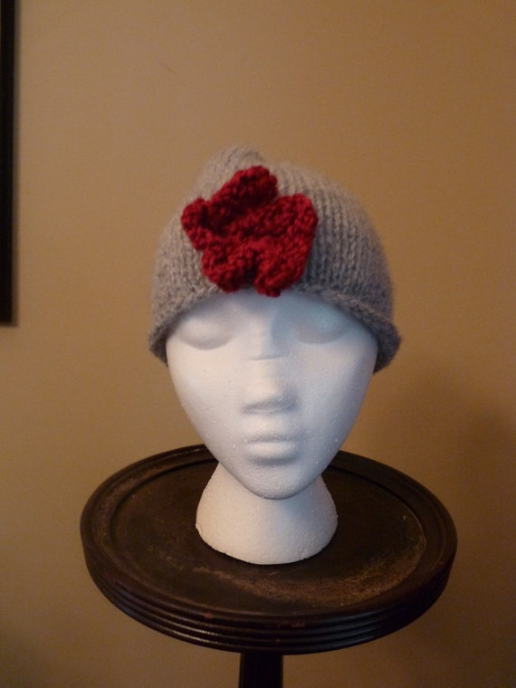 Women's knitted hat, gray with red flower