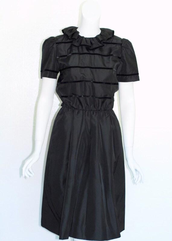 Albert Nipon Black Dress