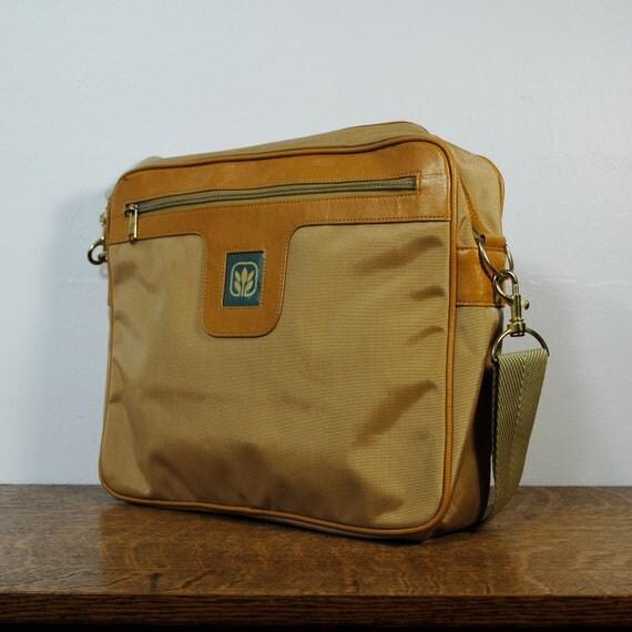 vintage bag / messenger bag / laptop bag