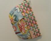 Amy Butler and pastels Medium Tulip Travel bag