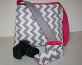 CAMERA Bag camera bag Market Hobo and Camera Strap Cover Grey Chevron Pink / Messenger strap