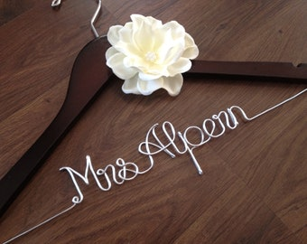 CUSTOM Wedding Dress Hanger, Bride Hanger, Bridal Hanger, Wedding Hanger, Custom Hanger, Name Hanger, Bridesmaid Hangers, Flower