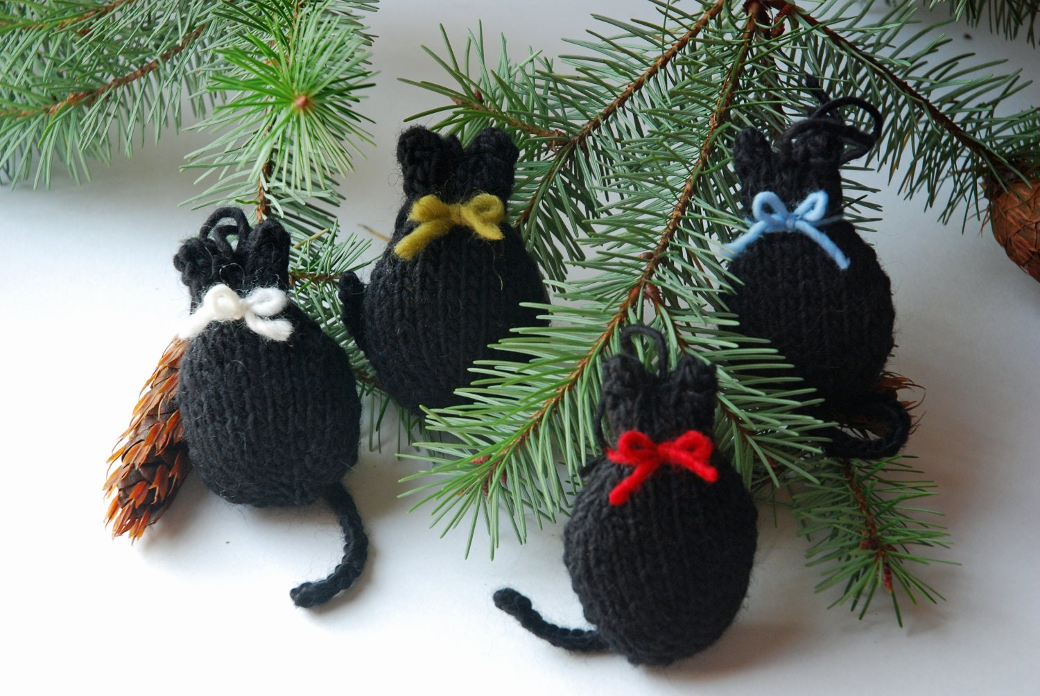 Cat Christmas Decoration – Decoration Image Idea