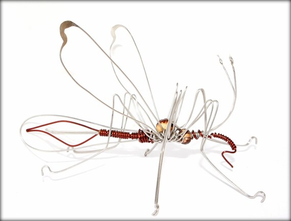 mosquito wire sculpture made of stainless steel and enameled copper