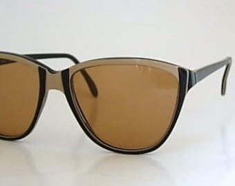 Cool Vintage Oversized Tura Eyeglass Frames Tan Dark Brown Multi Layered Plastic Mod Groovy Retro Larger Size Eyeglasses Eyewear 70s 80s