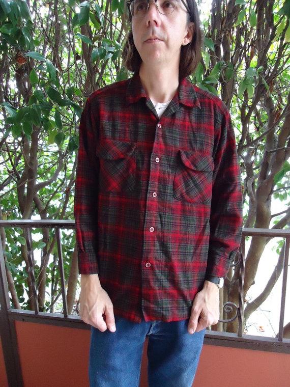 Vintage 1960s PENDLETON WOOL Mens Plaid Buttondown Longsleeved Shirt No Wool Symbol sz M