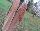 OmG - GoRgEoUs Cognac Suede Relaxed Fit Trench Coat by Avanti in Ladies Medium Perfect for Fall