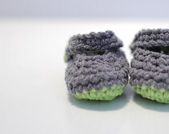Baby Boy Booties, Mary Jane Crochet Baby Shoes, Modern Booties crochet. Gray and Green Baby Boy Gift for Kids Under 20, Baby Boy Mary Janes.