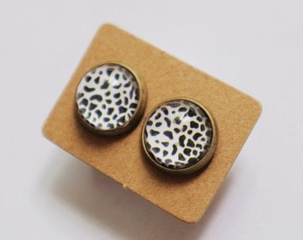 12mm Glass Zebra Prints Vintage Style Earrings
