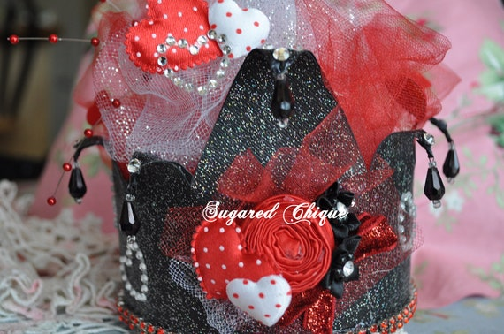 Queen of Hearts in red, white and black over the top courture, crown, birthday crown, photo prop, table center piece