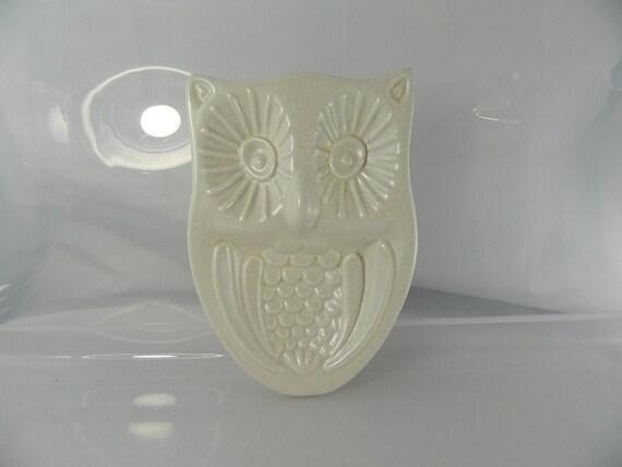 Vintage Pfaltzgraff White Heritage Owl Spoon Rest