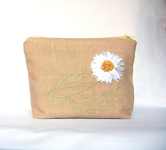 Linen Cosmetic Bag with Daisy