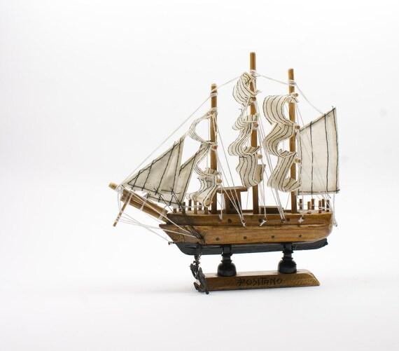 Vintage Italian sailing ship model - Positano's souvenir