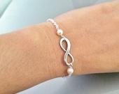 infinity and pearl bracelet,silver infinity bracelet,friendship git,Christmas gift,simple gift,gift for her,infinity and pearl bracelet,