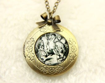 Necklace locket Russian alice and dodo 2020m