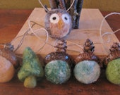 Set of 6 needle felted ornies, 4 needle felted acorns, 1 tree and 1 owl, hanging, woodland, natural, pinecones