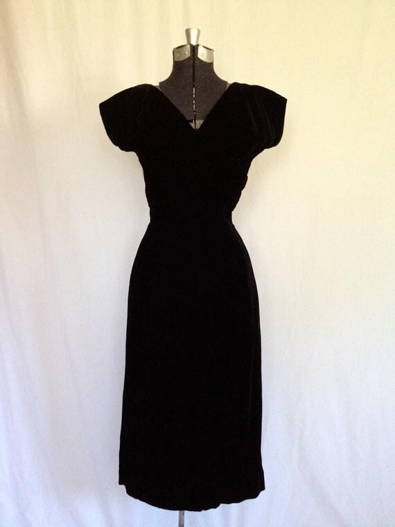 RESERVED - Vintage 50's Designer Eleanore Green Black Velvet Wiggle Dress - Small