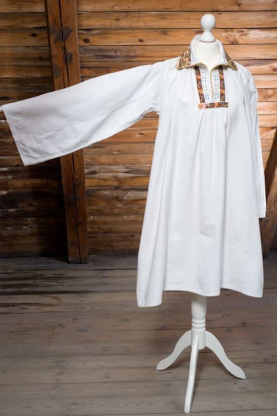RESERVED/Karin Beautiful heavy pure cotton, 1930s vintage Hungarian peasant folk handmade embroidery smock, dress, blouse, cream, Bohemian