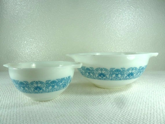 Two Vintage Cinderella Pyrex Turquoise and White Mixing Bowls
