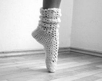 Crochet pattern Socks, crochet Leg warmers, lace socks, women slippers, DIY photo tutorial, dance, yoga, wedding,  instant download