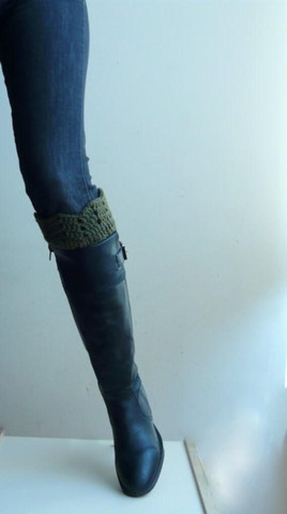 Crochet pattern ripples  Boot  cuff, leg warmers short rain boot socks, DIY photo tutorial
