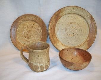 Ceramic plate setting