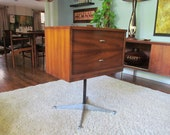 Mid-Century 2-Drawer Chest With Herman Miller Base