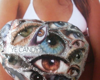 My Eye Is On You  Handpainted & Decoupaged Heart  Beach Stone  Paperweight   Beacon Hill Collectibles