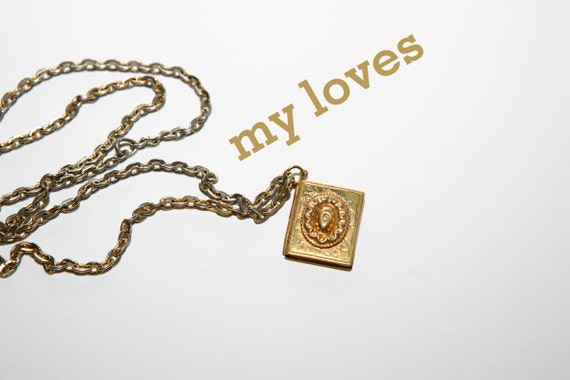 brass book diary locket 40s 50s gold tone chain necklace