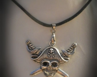 Gothic Skull Pirate Necklace