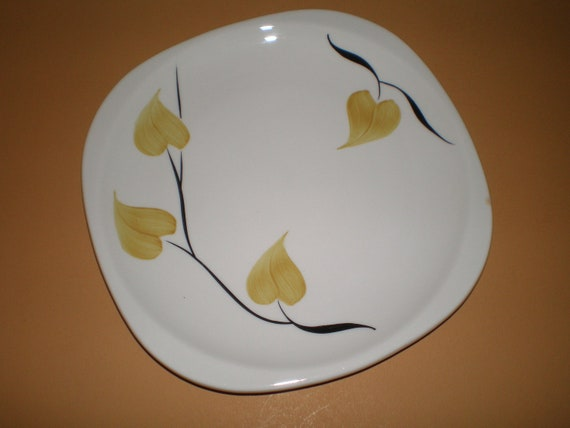 Syracuse China Plate | Trend Patio Pattern Yellow Leaf Plate | Serving Tray
