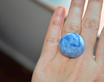 Felted Ring / Pin Cushion (Marbled Blue)