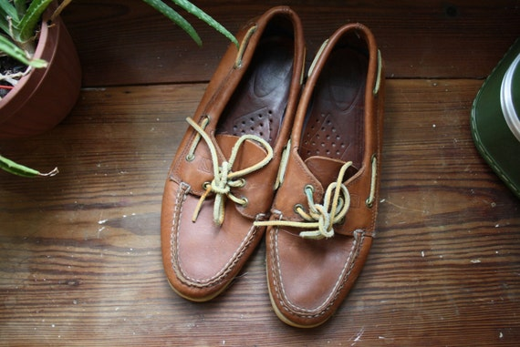 Unisex Sperry's Boat Shoes - Worn In - Brown Leather - Size 8 Mens / 10 Womens