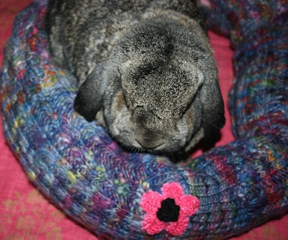 wool Ugli Donut bunny rabbit bed for large rabbit or two medium sized rabbits to snuggle in purple and pink