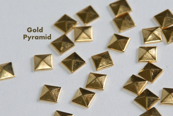 100 pieces   10mm Gold Flat Back Pyramid Studs -  Iron On, Hot Fix, or Glue On