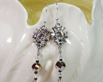 Diamond Rhinestone Earrings, Rhinstone and Crystal earrings, Dangle Earrings
