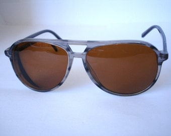 Authentic Vintage 1970's Sunglasses - See our huge collection of vintage eyewear