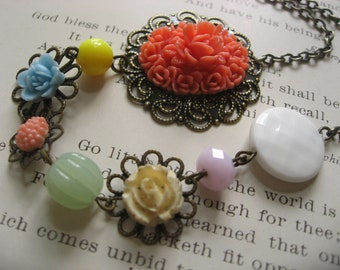 SALE - Happiness nature garden flowers necklace