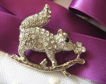 Squirrel sparkle wedding bridal bridesmaids flower girls rhinestone crystals brooch pin, animal brooch, crystals brooch, rhinestones brooch