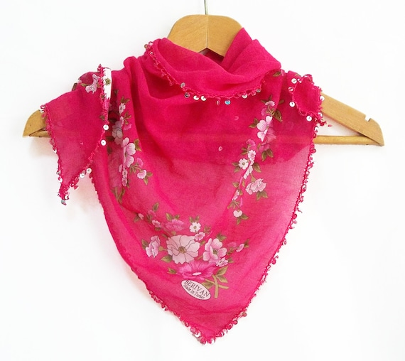 Shawl, Floral scarf, Triangle fabric scarf, Embellished with processed flakes, Authentic, Romantic, Elegant, Pink, Cotton fabric shawl