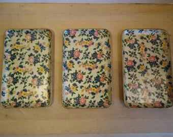Vintage Set of Highmount Papier Mache Floral Trays