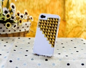 Gold pyramid stud Studded Iphone 4 4S White Hard Case fit Iphone 4, Iphone 4s, iphone 4g, Iphone 4gs AT&T Verizon Sprint