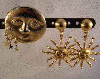 Vintage Sun Celestial Gold Tone Stud Earrings Man in the Moon Brooch Dangling Stars Solar System Planets Jewelry