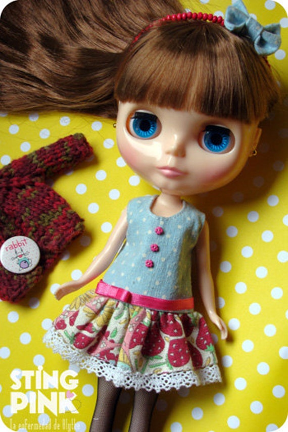 Outfit for Blythe: Dress, Tiara and Sweater. (Japanese fabric - Argentina wool ).