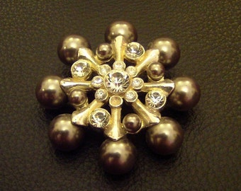 Retro Atomic Starburst Metallic Grey Pearl & Crystal Rhinestone Snowflake Brooch Pin